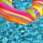 La limpieza de la piscina en la comunidad