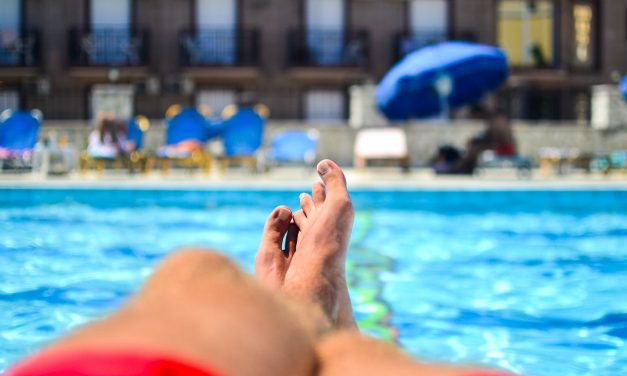 La piscina: ¿un elemento común o público?